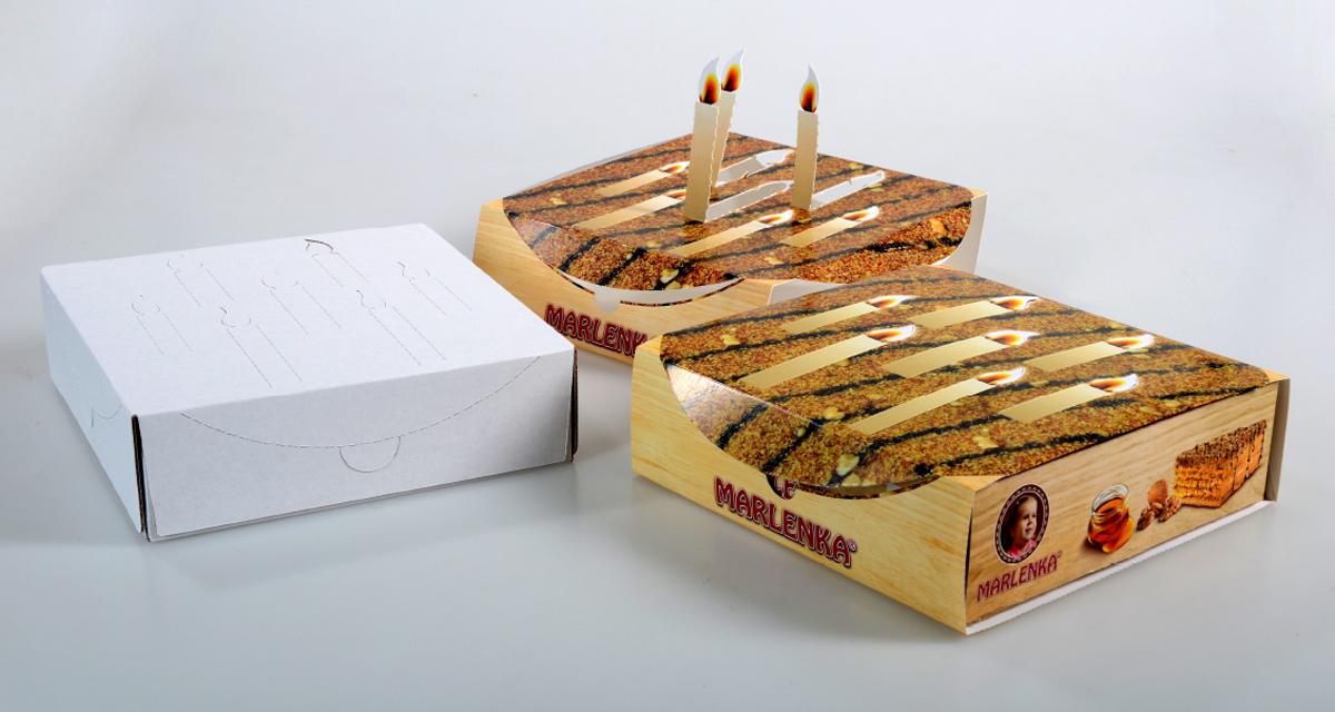 """narozeninový """"rukáv"""" na obal dortu Marlenka"""