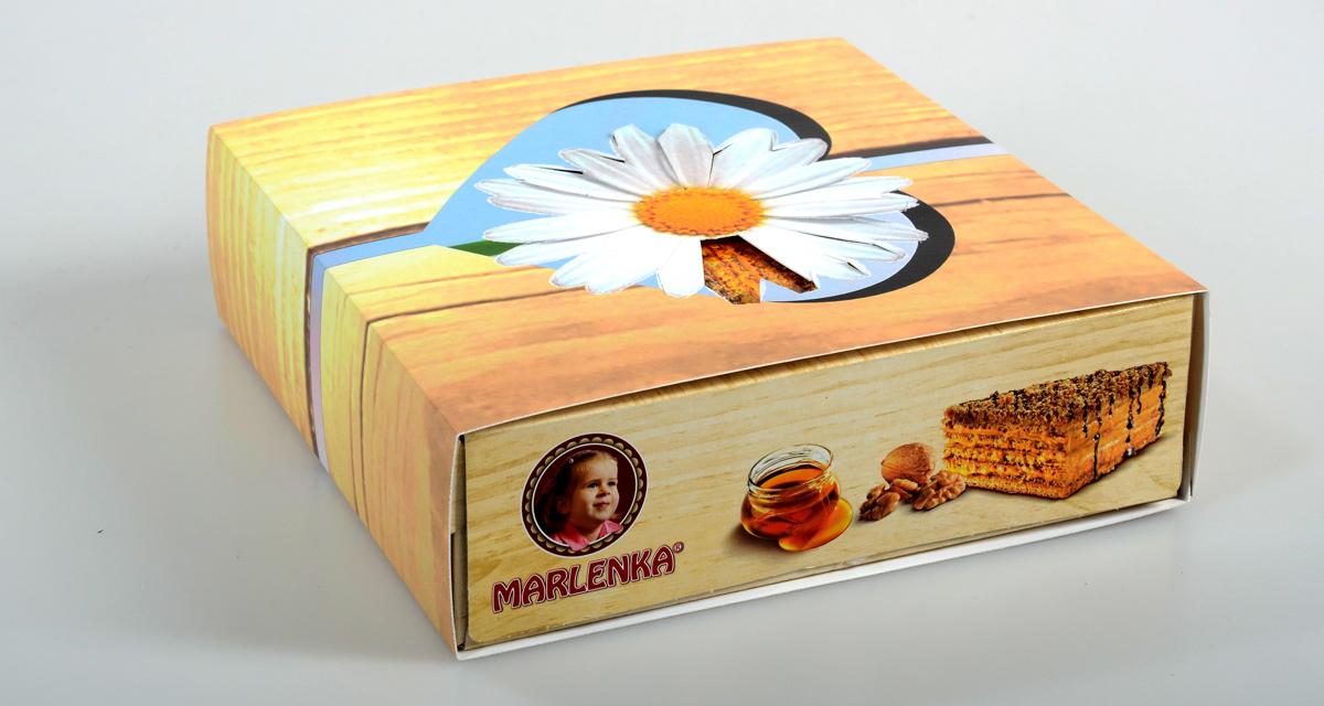 """valentýnský """"rukáv"""" na obal dortu Marlenka"""